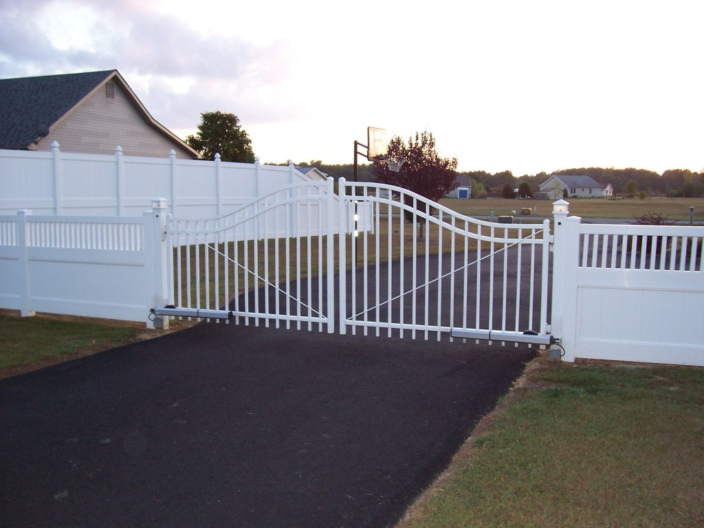 Custom Residential Wrought Iron Driveway Gates in Delaware